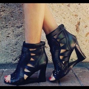 Jeffrey Campbell 'Chariot' lasercut heels